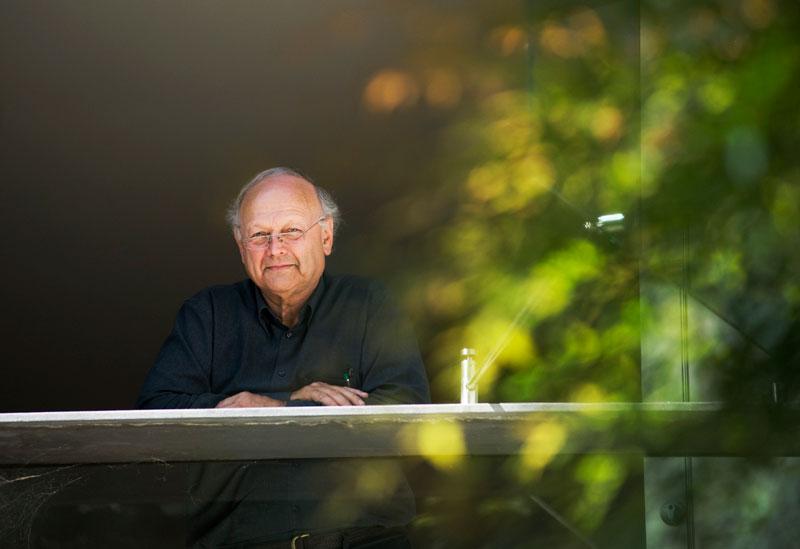 Portrait of Glenn Murcutt at Murcutt-Lewin House, Mosman, 2009. (Photo Anthony Browell)