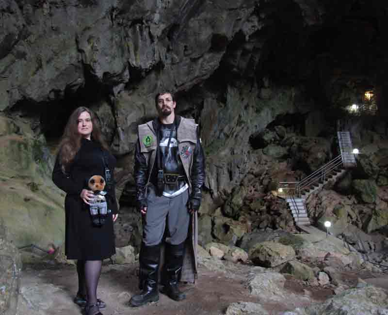 We come in peace: Fancy a tour of Jenolan Caves, Blue Mountains, in Star Trek's Klingon language?
