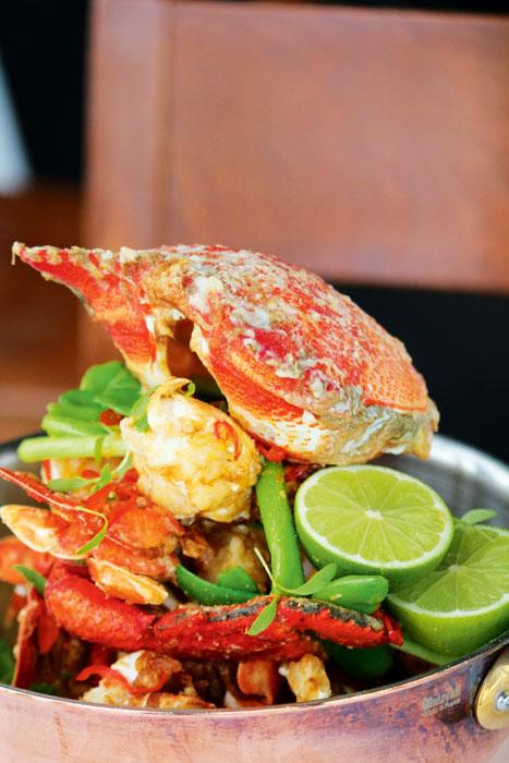 Beautiful Crab, The Boathouse