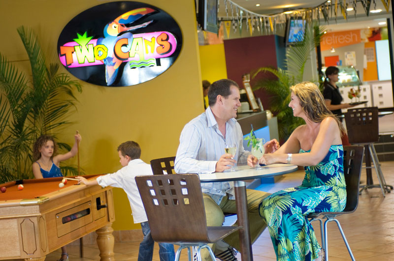 Relax and enjoy a refreshing beer or wine, meet new friends or simply relax with family while overlooking the lagoon pool