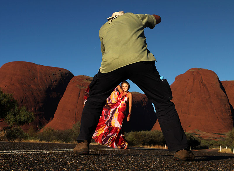Photography Bob Barker and McLeod's Daughters' Zoe Naylor pose in front of Kata Tjuta.