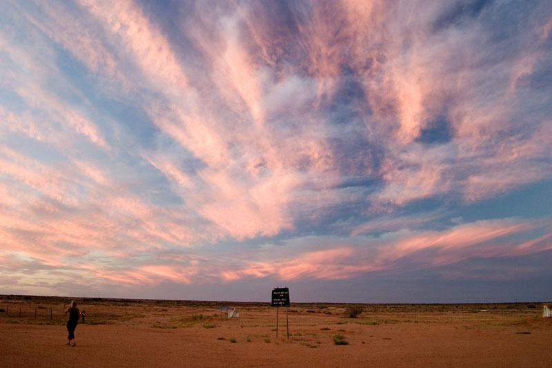 Sunset over the desert from outside the William Creek Hotel. Image by Robn Rosenfeldt