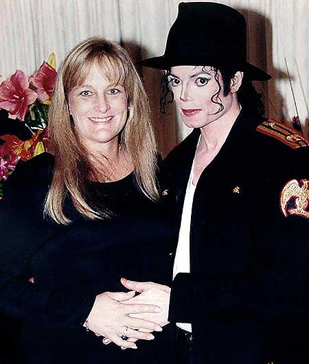 Michael Jackson with Debbie Rowe, the woman he married in Sydney in 1996