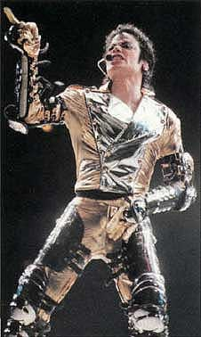 Michael Jackson performing in Sydney the day after he married Debbie Row