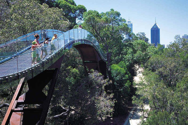 Kings Park and Botanic Gardens is the best for free entertainment in Perth.