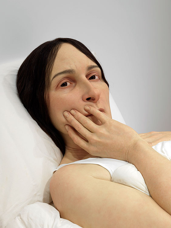 In bed 2005, Polyester resin, fibreglass, polyurethane, horse hair, cotton, Purchased 2008. Queensland Art Galley Foundation, Ron Mueck courtesy Anthony d'Offay, London, Photo by Natasha Harth