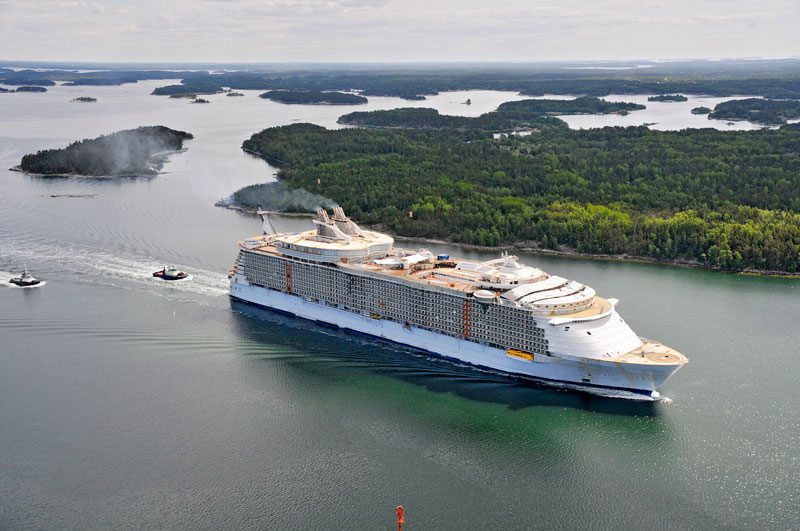 Oasis of the Seas during a recent sea trial in September 2009