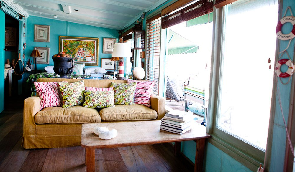 Is this the cutest beach shack ever australian traveller for Beach hut style interiors