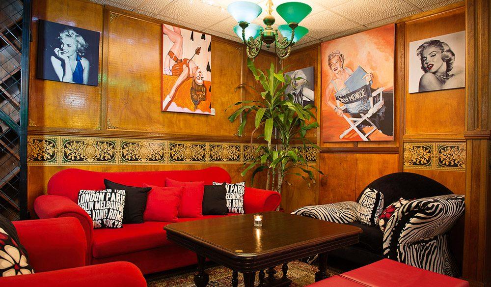 Bogart's Bar & Grill