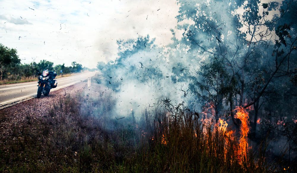 Road-side bushfire en route to Darwin (Photo: Sunny Gajjar)