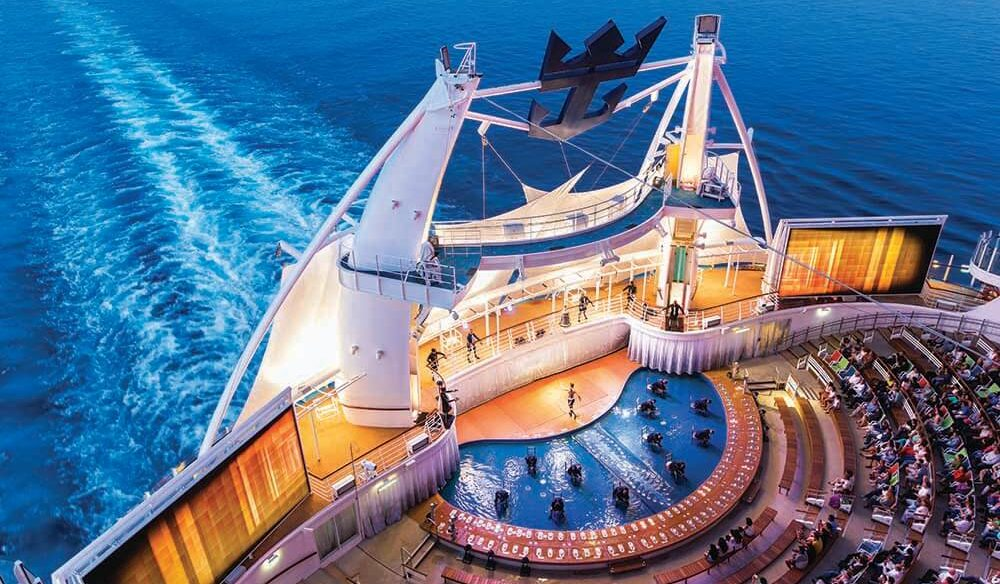 Aqua Theatre, Symphony of the Seas, Royal Caribbean Cruise Lines