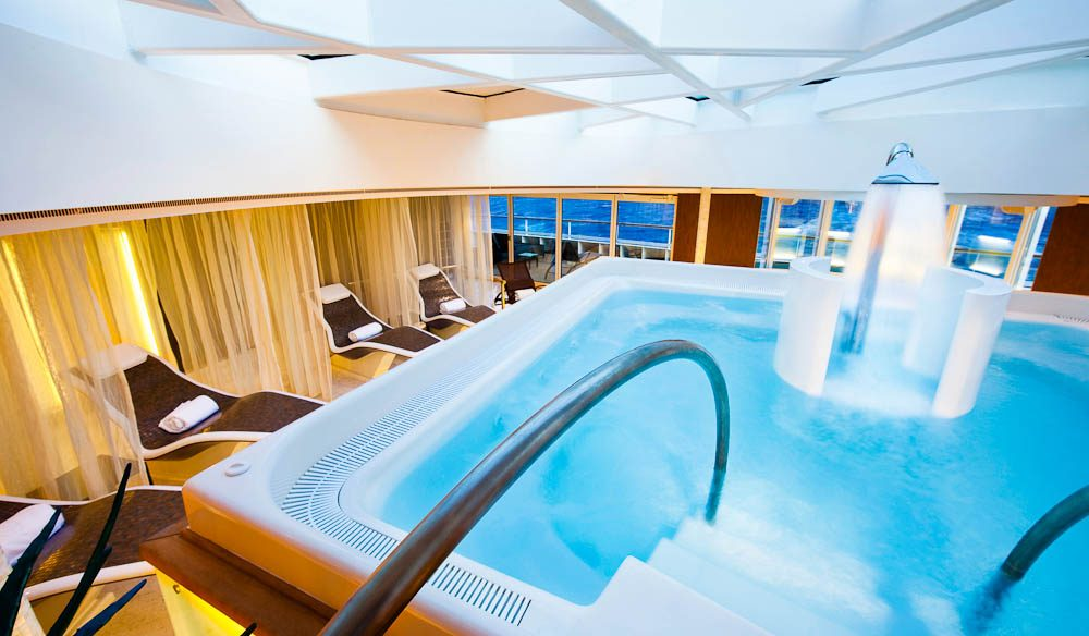 Cruising, Hydro Pool (Odyssey Only), Seabourn Quest