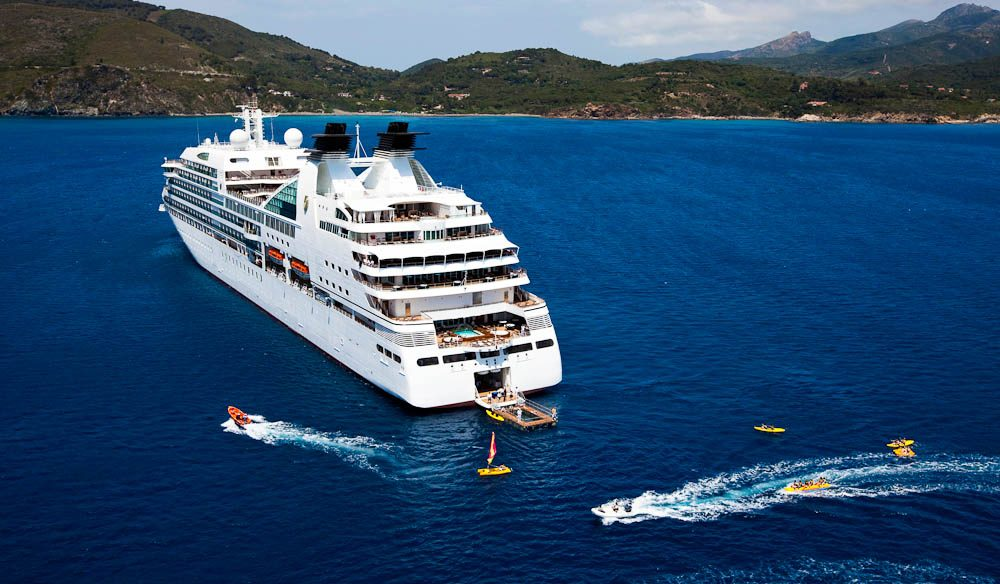 Seabourn Quest cruise anchors for some watersports