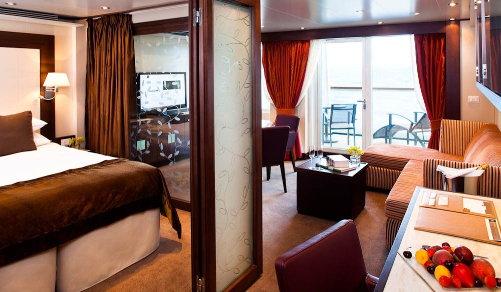 Crusiing in the Penthouse Suite, Seabourn Quest