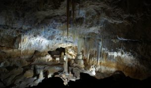 The first chamber in Moondyne caves, under Margaret River. (photo: Lindsay Hatcher)