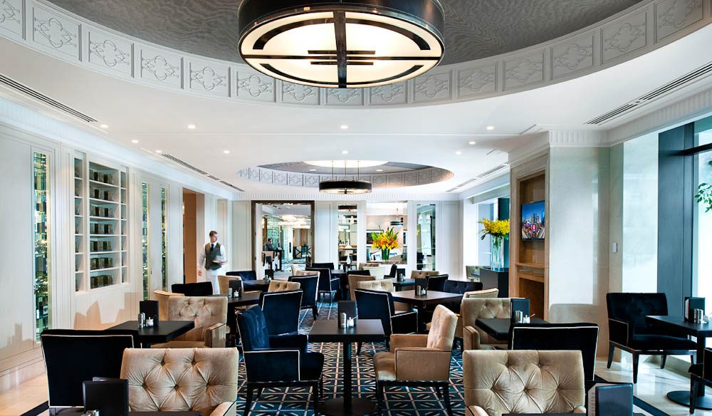 Rub shoulders with the likes of Portia di Rossi and Jerry Hall in the Crystal Club Lounge - for an extra tariff.
