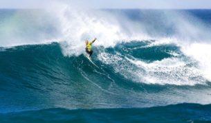 Surfing guru Kelly Slater at Bells (Kirstin Scholtz).
