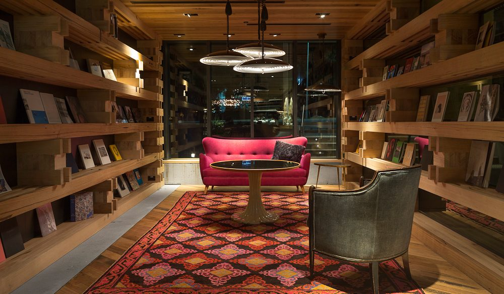 Reading's in style: Library, Hotel Hotel