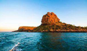 A cruise in the Kimberley in North Western Australia past Steep Island