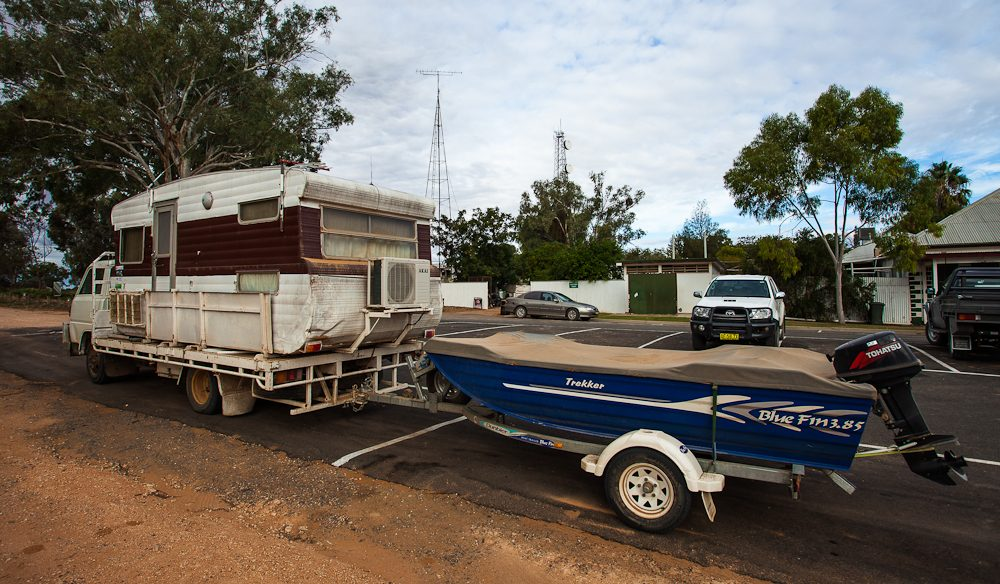 World's cheapest Winnebago. Pooncarie, NSW (photo: Nigel Herbert)
