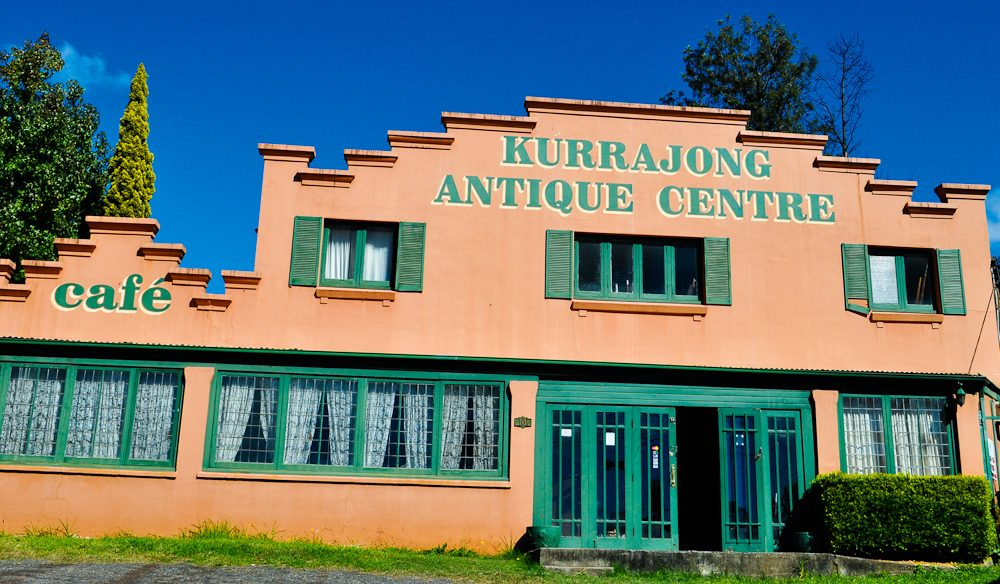 Kurrajong's boutiques and antique stores are a must-browse. Blue Mountains.