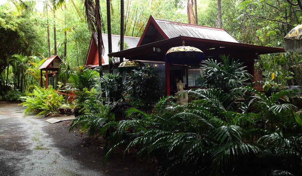BBQ pavilion 4 spirit house