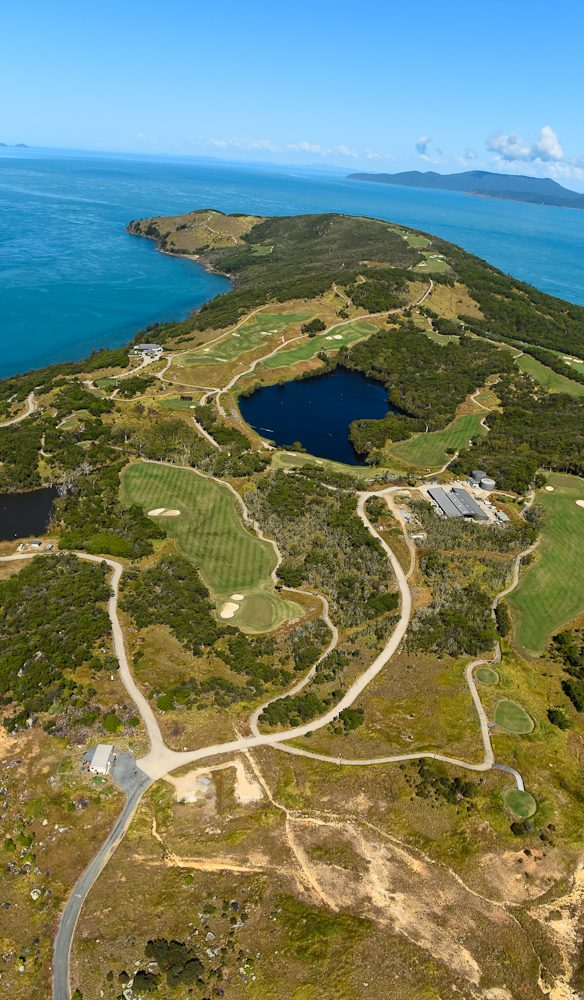 Putting a Dent in your handicap: Dent Island, Whitsundays (Steve Madgwick)