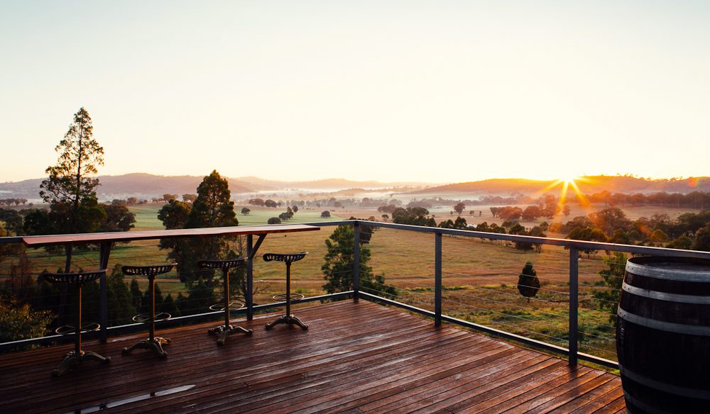Fancy a glass of red, overlooking this? Yes, please. Sitting on a 52-acre property in the heart of Mudgee's wine region is the luxurious self-catered Elouera.