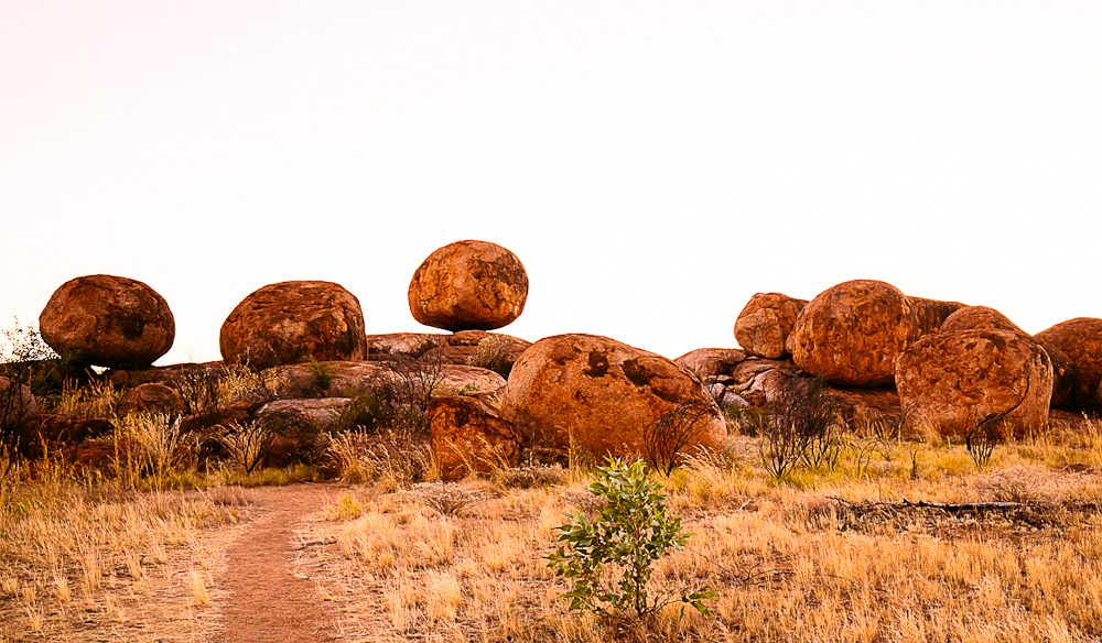 Karlu Karlu (as the Devils Marbles are known here) loosely translates as 'round boulders' (photo: Elise Hassey).
