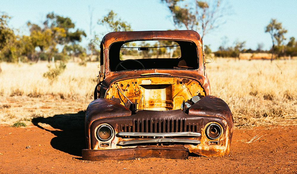 Rusty truck: The subject of many tourist snaps, outside the Wauchope Hotel (photo: Elise Hassey).