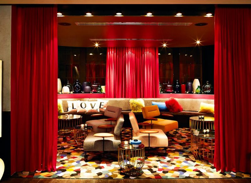 Revolutionary quirky-luxe - QT hotel Sydney