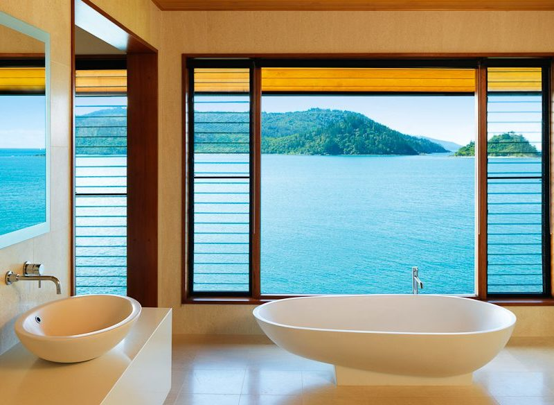 qualia Windward pavilion bath