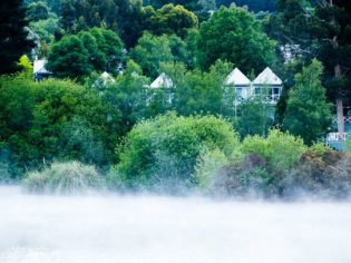 A grand place to hunker down and spoil yourself - Daylesford Victoria