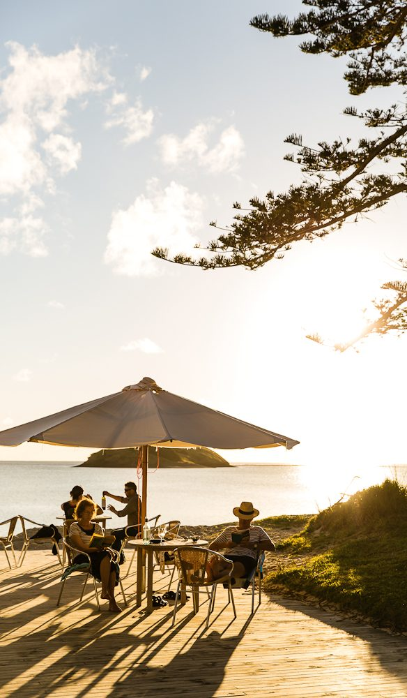 Afternoon drinks at the Boatshed outside Pinetrees Lodge, Lord Howe Island (Photo: Nikki To).