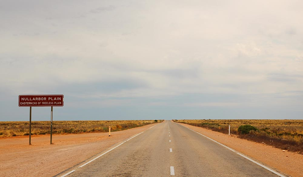 Driving the Nullarbor - Australian Traveller