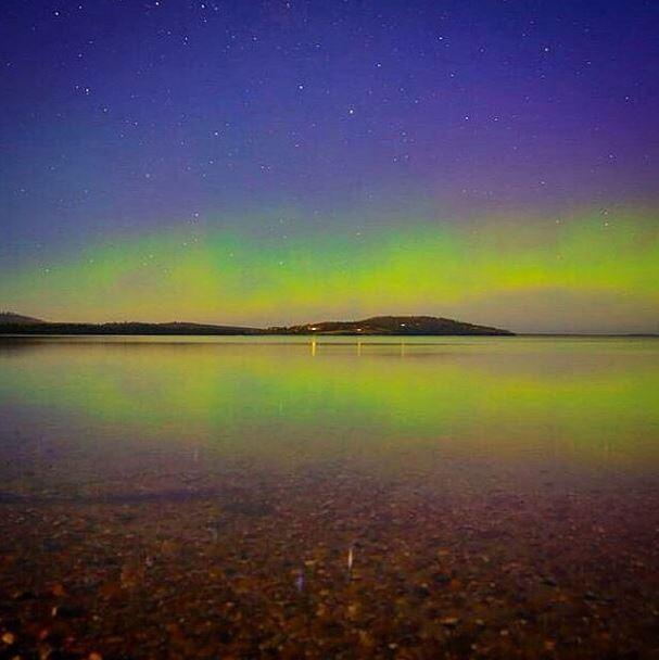 Aurora Australis in full glow in Tasmania by @kathrynleahy