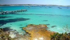 Beaches and bays all to yourself: Vivonne Bay, Kangaroo Island.