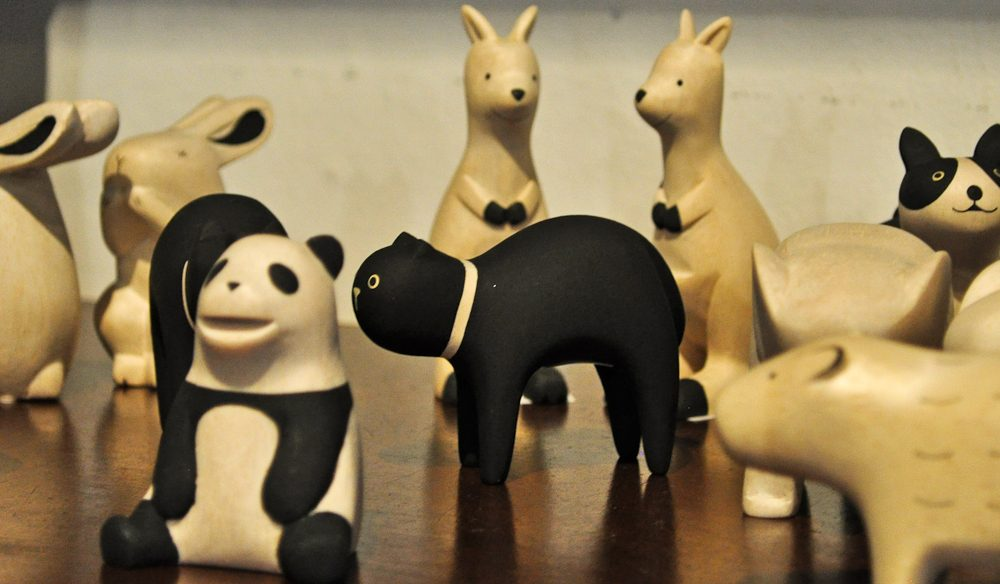 Balsa wood animals: specialtys of The Maker, Salamanca Place, Hobart.