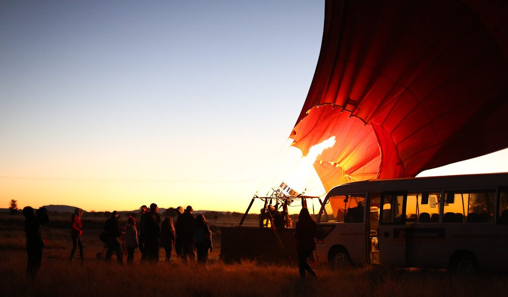 Firing up the balloon at dawn (photo: Jennifer Pinkerton).