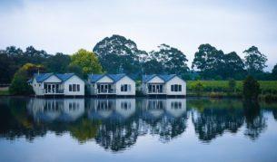 Lakeside Villas, Crittenden Estate.