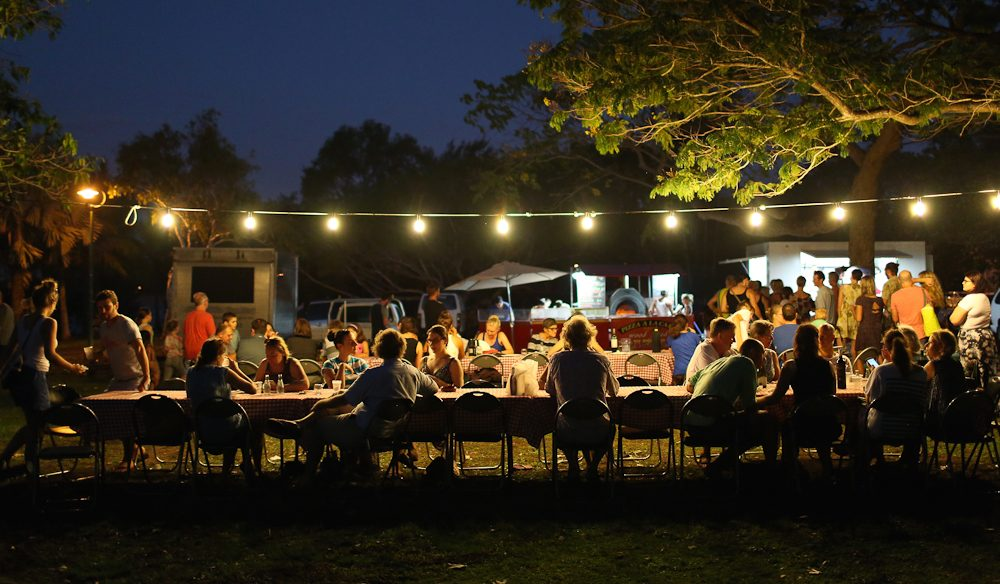 Cucina Sotto Le Stelle, stylishly popping up under Darwin's flame trees of an evening.