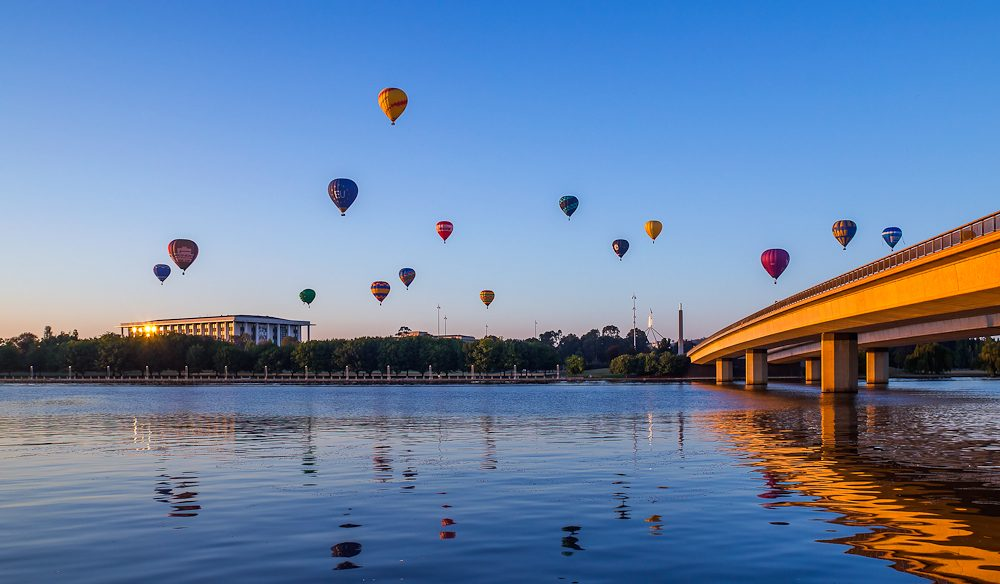 Nothing but hot air, over Lake Burley Griffin (photo: Adrian Kelson).
