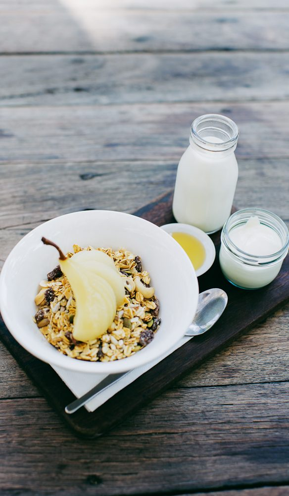A healthy start to the day at Goanna Gallery & Bush Cafe (photo: Aimee Dehaan).