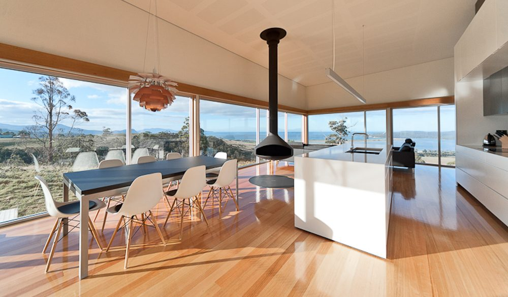 The natural timber elegance of  Marion Bay House, Tasmania (photo: Jonathan Wherrett).