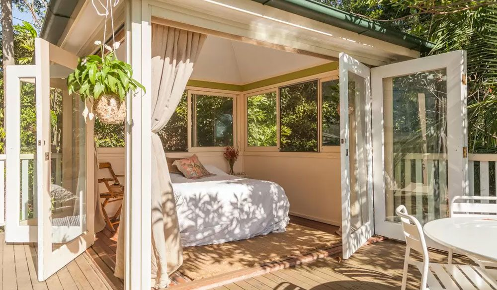 Only three kilometres from the CBD, this Kelvin Grove forest hideaway feels like it could be the home of fairies with its delicate feminine touches and leafy surroundings.