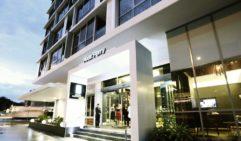 Alex Perry Hotel & Apartments Entrance