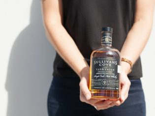 Tamania Whisky trail sullivan cove 2014 worlds best single malt 2014