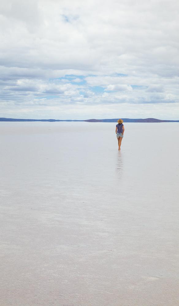 south australia outback adventure Lake Gairdner horizon
