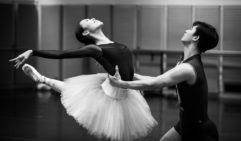 Ako Kondo withher Swan Lake dance partner,Chengwu Guo (photo: Kate Longley).