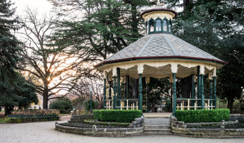 Wander through 19th-century Machattie Park with its pretty band rotunda. Bathurst, NSW (photo: Michael Wee).